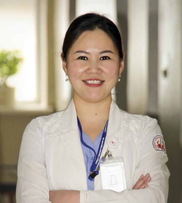 http://www.cancer-center.gov.mn//wp-content/uploads/2015/12/doctorchemo.jpg