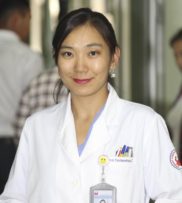 http://www.cancer-center.gov.mn//wp-content/uploads/2015/12/doctorchemo1.jpg